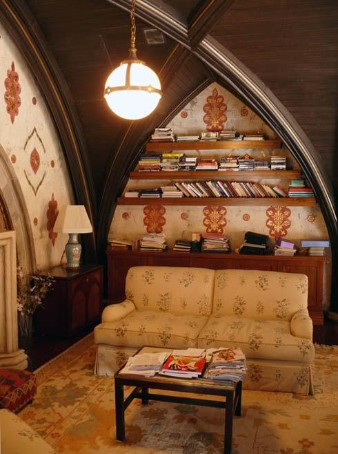 Shelftastic Arches